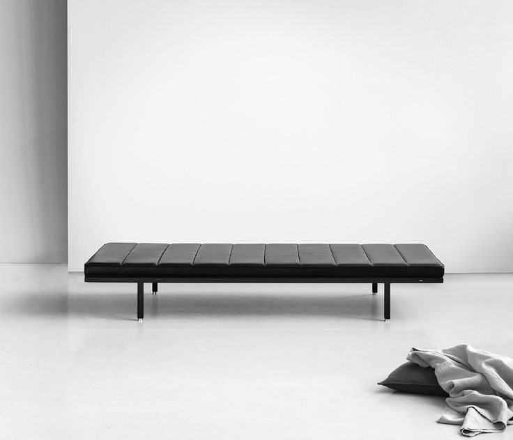 Vipp Daybed :: House of Valentina