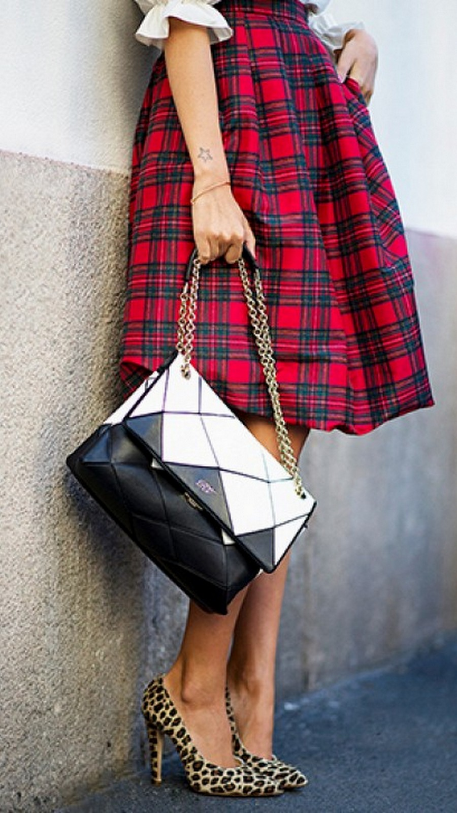 Christmas Plaid Skirt :: House of Valentina
