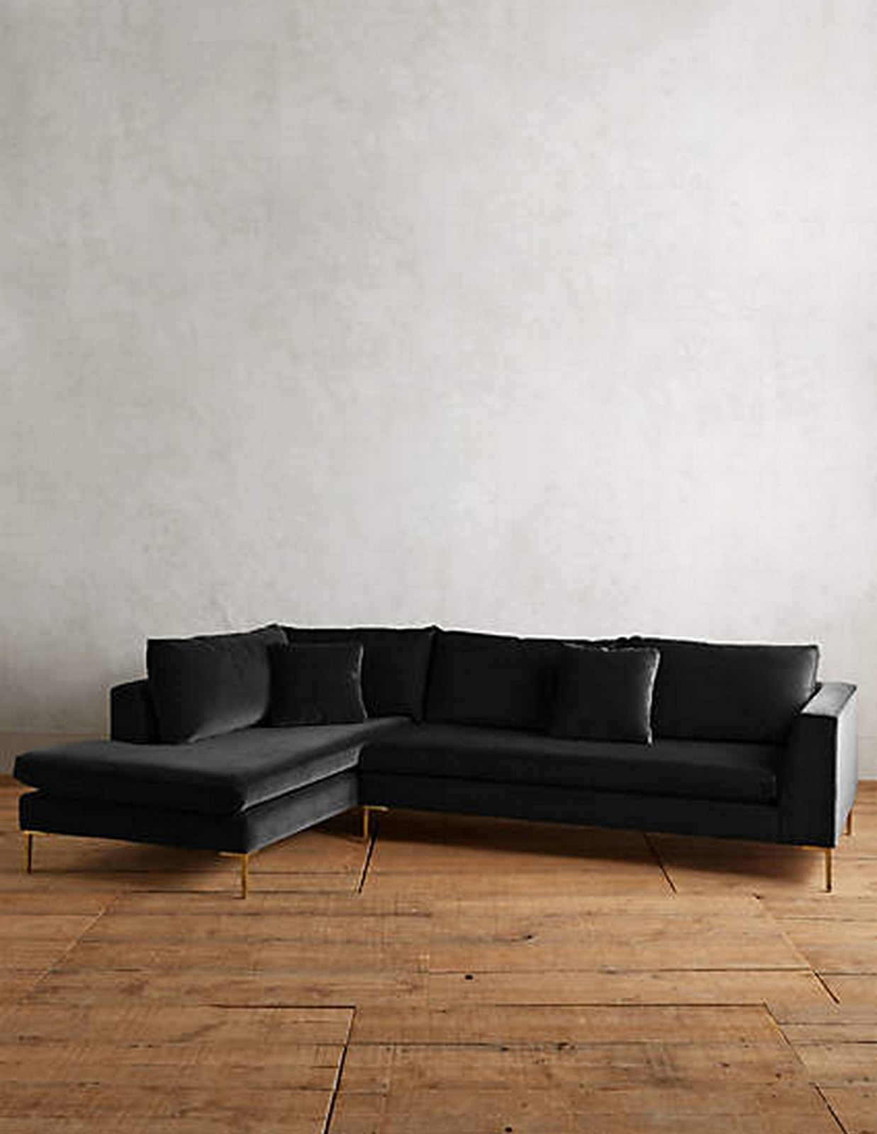 Velvet Sofa :: House of Valentina