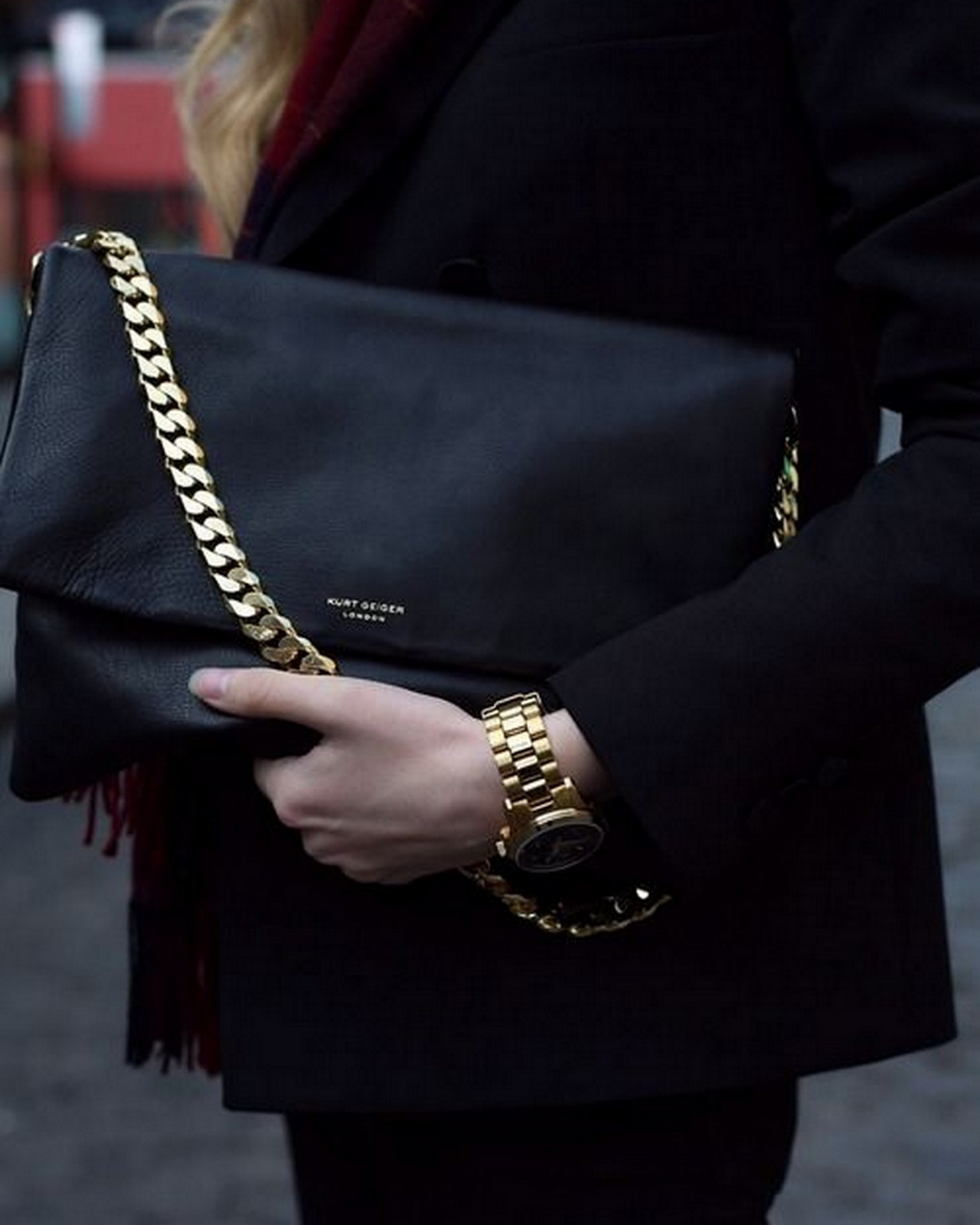 Black Bag + Gold Chain :: House of Valentina