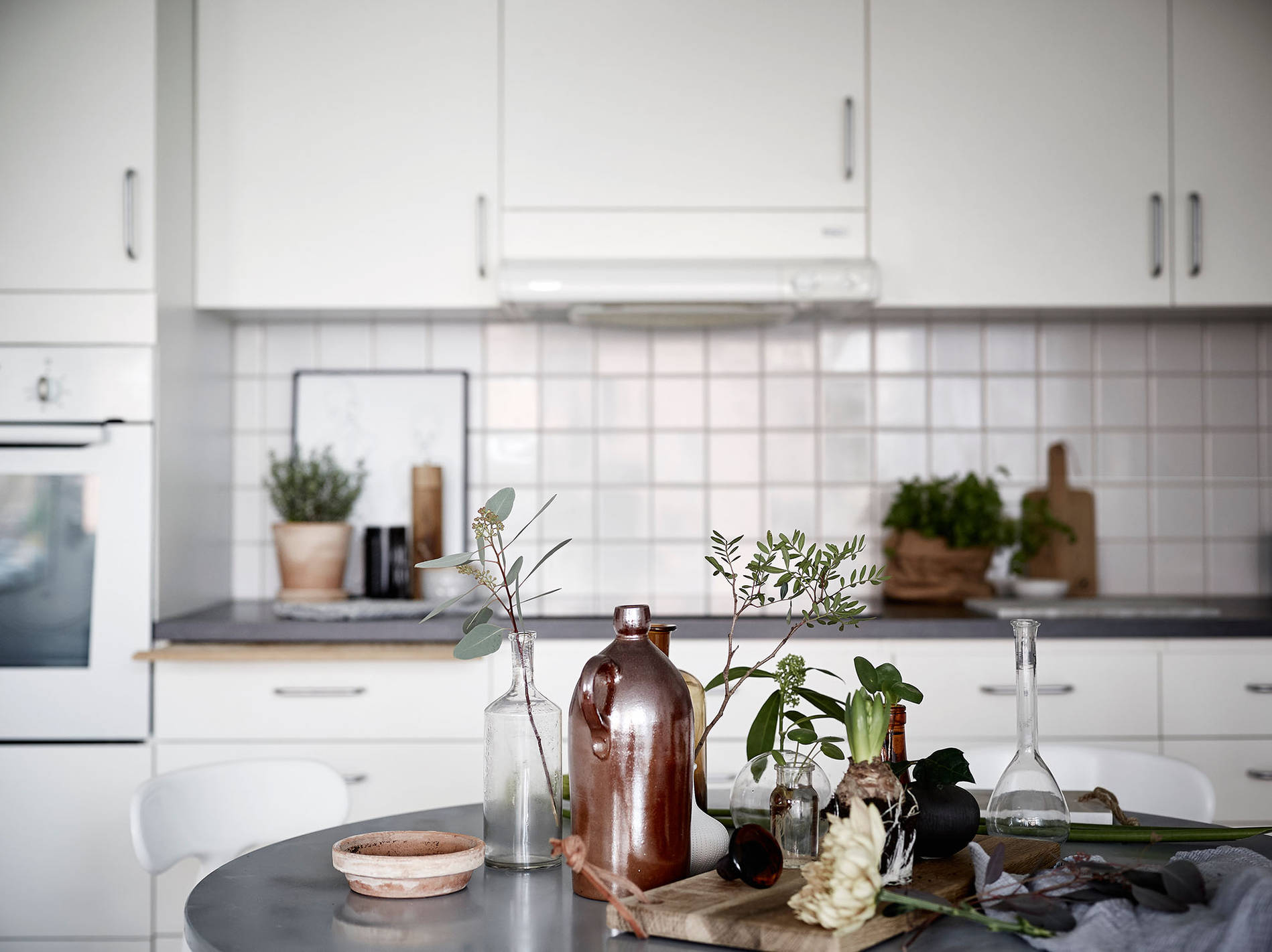 White Swedish Kitchen :: House of Valentina