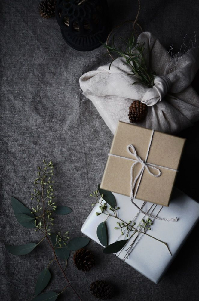 Natural Winter Wrapping :: House of Valentina