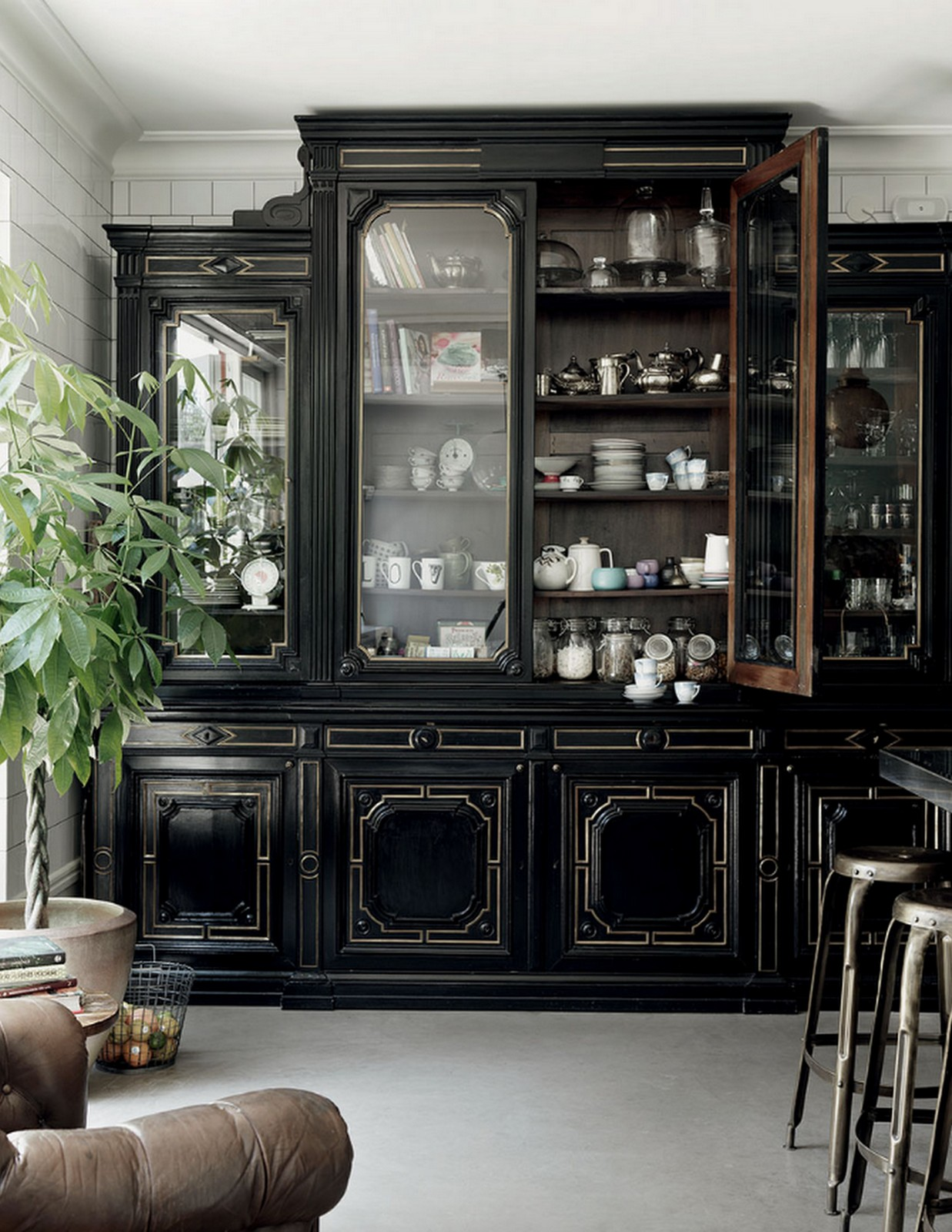Informal China Cabinet :: Home of Malin Persson