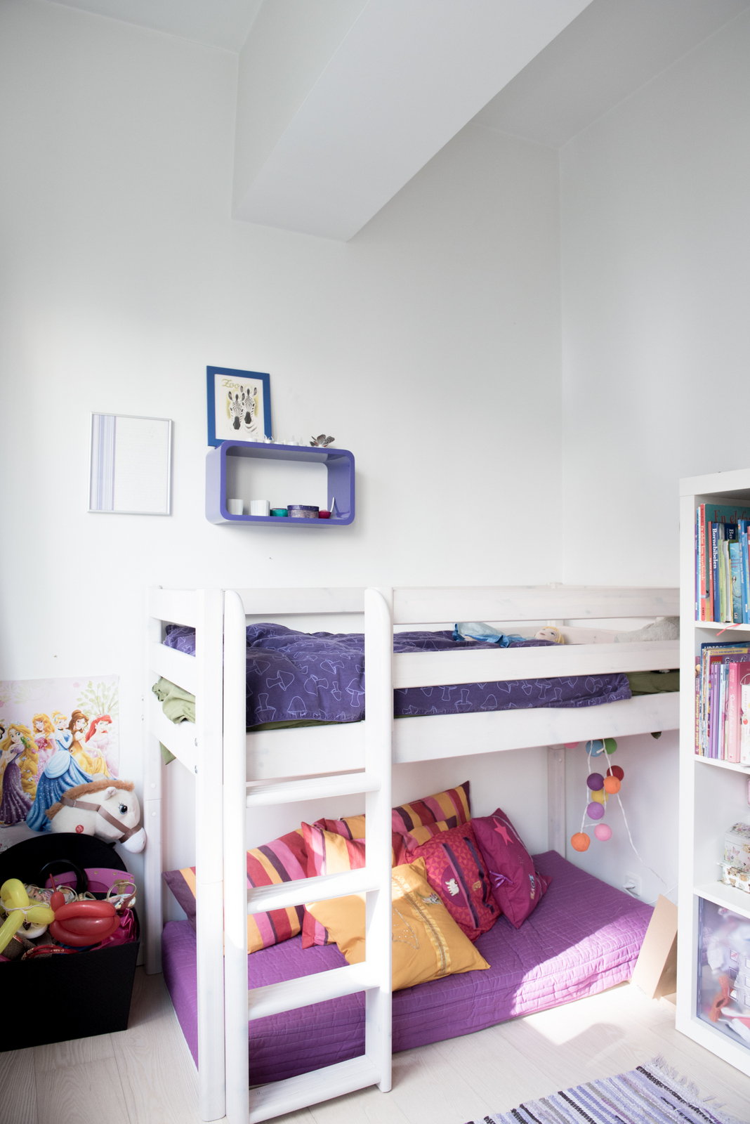 White & Modern Shared Kid Bedroom :: House of Valentina
