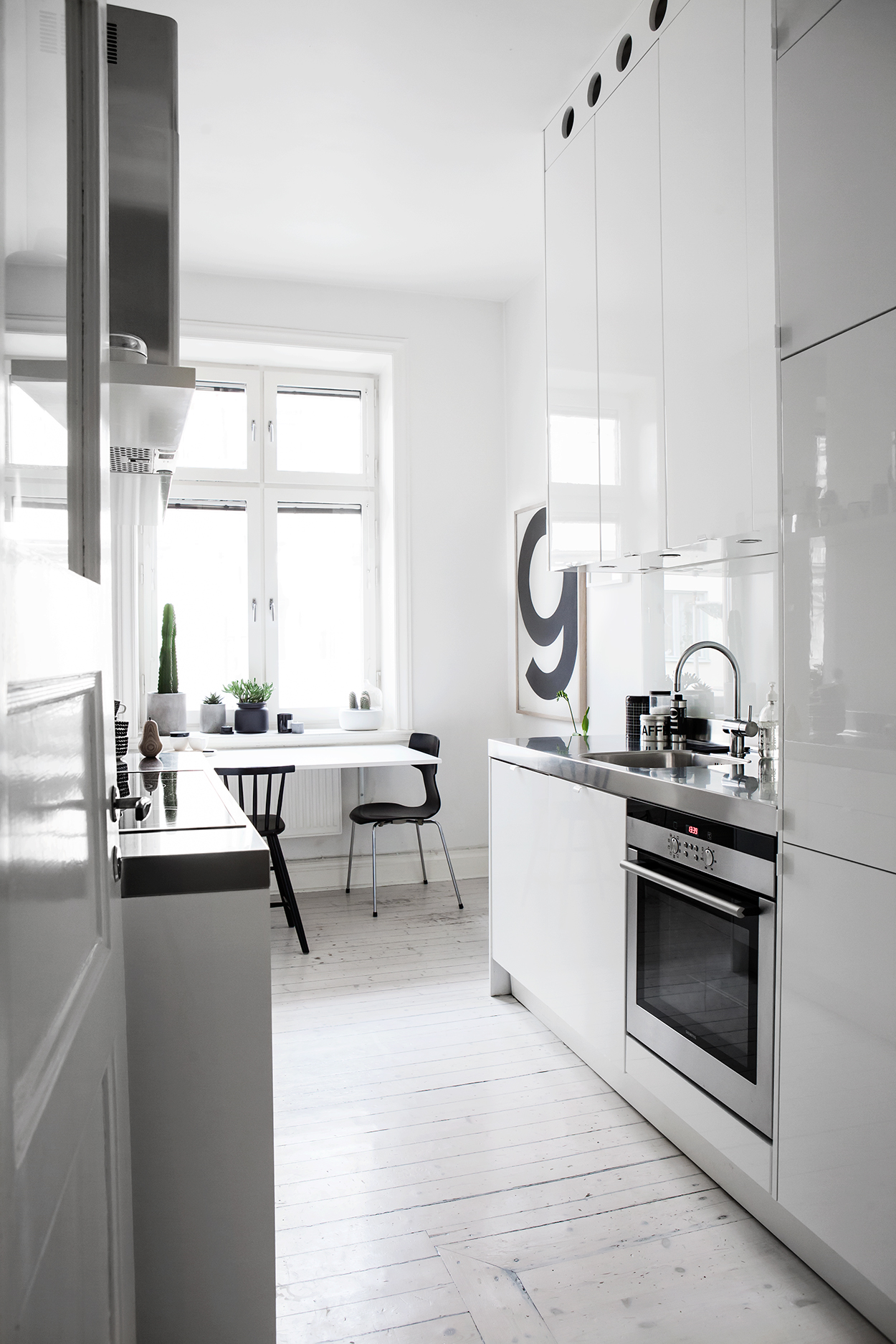 Monochrome Kitchen :: Featured on House of Valentina