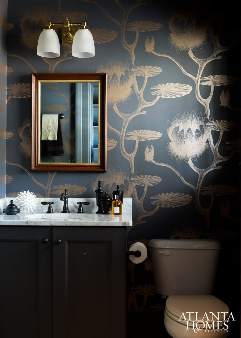 Traditional Southern Modern Bathroom| House of Valentina