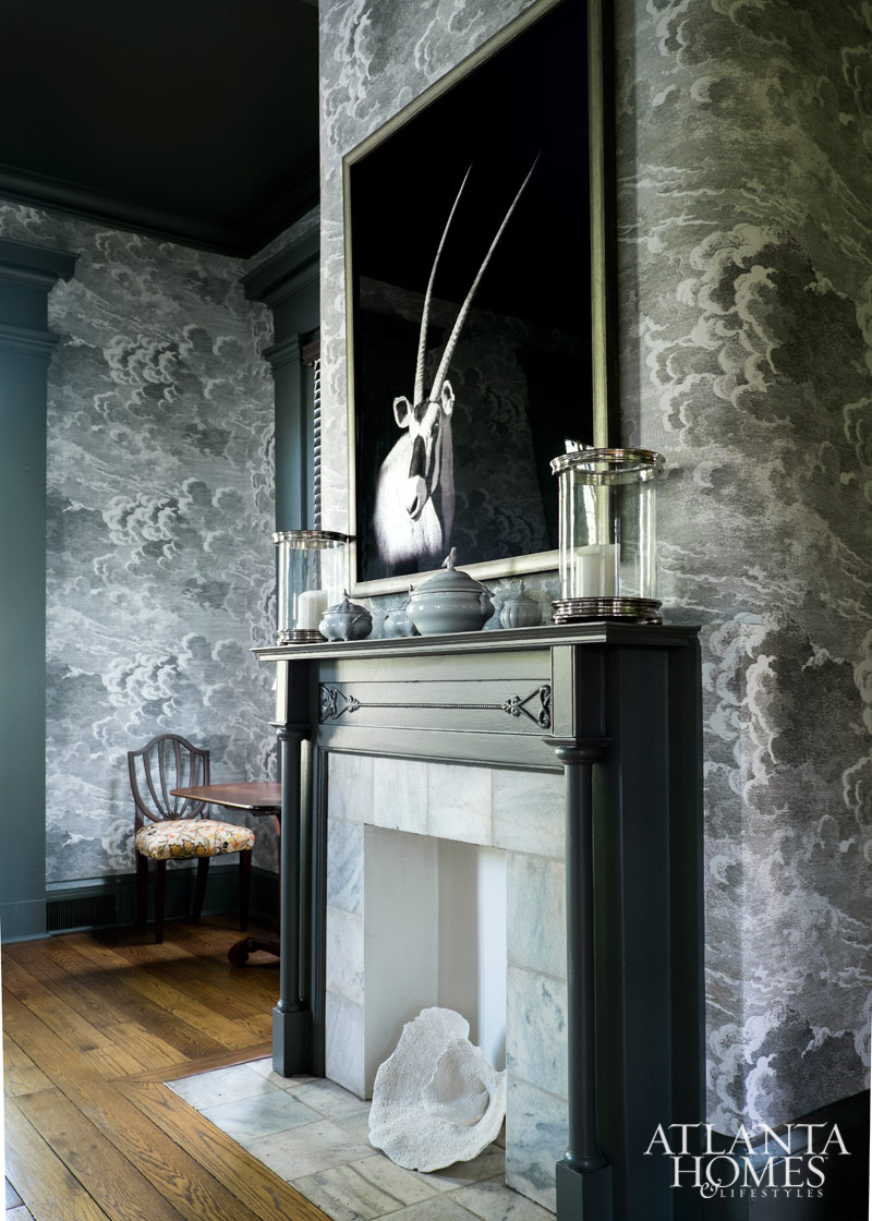 Traditional Southern Modern Fireplace| House of Valentina