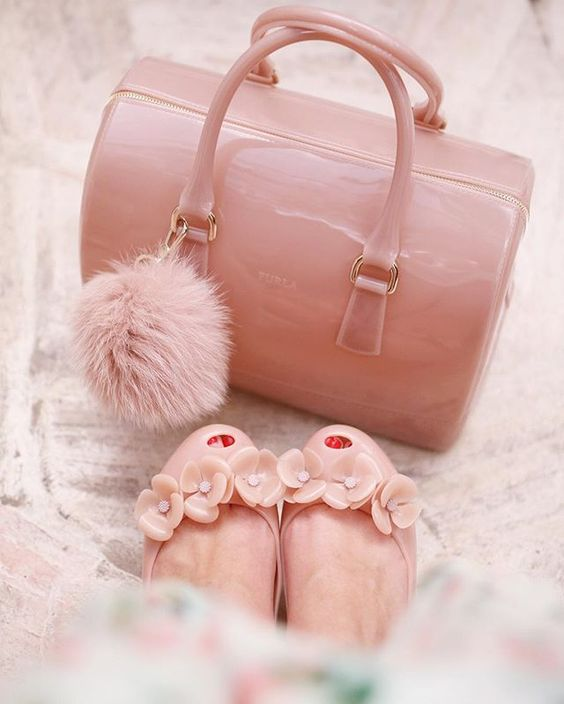PINK BAG + SHOES