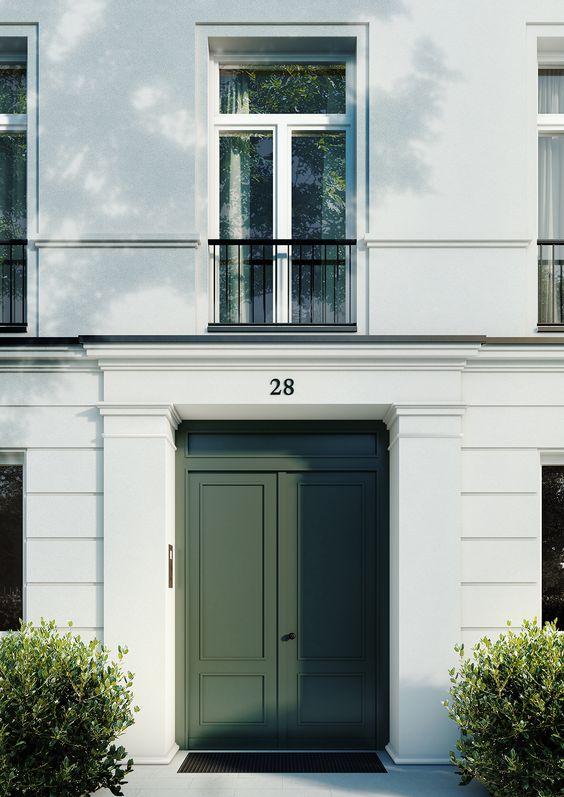GREEN DOOOR