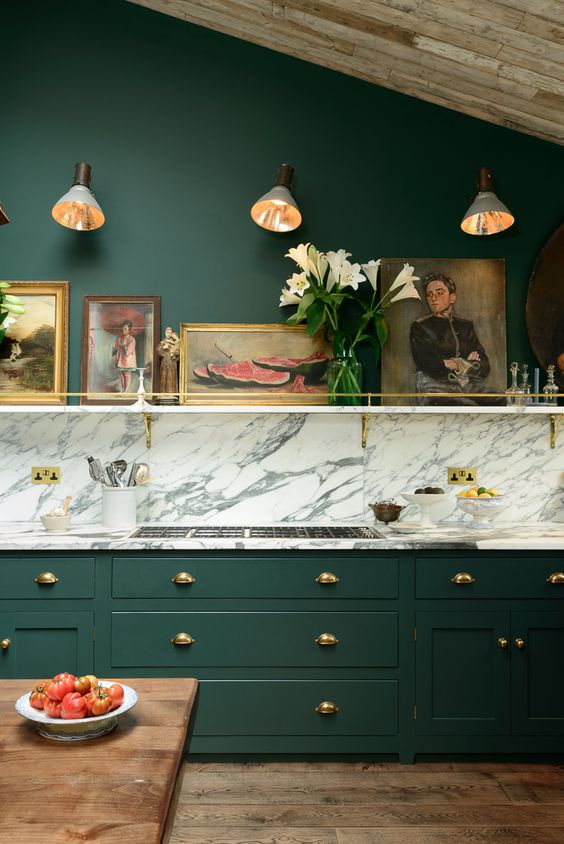 GREEN + GOLD KITCHEN | HOUSE OF VALENTINA
