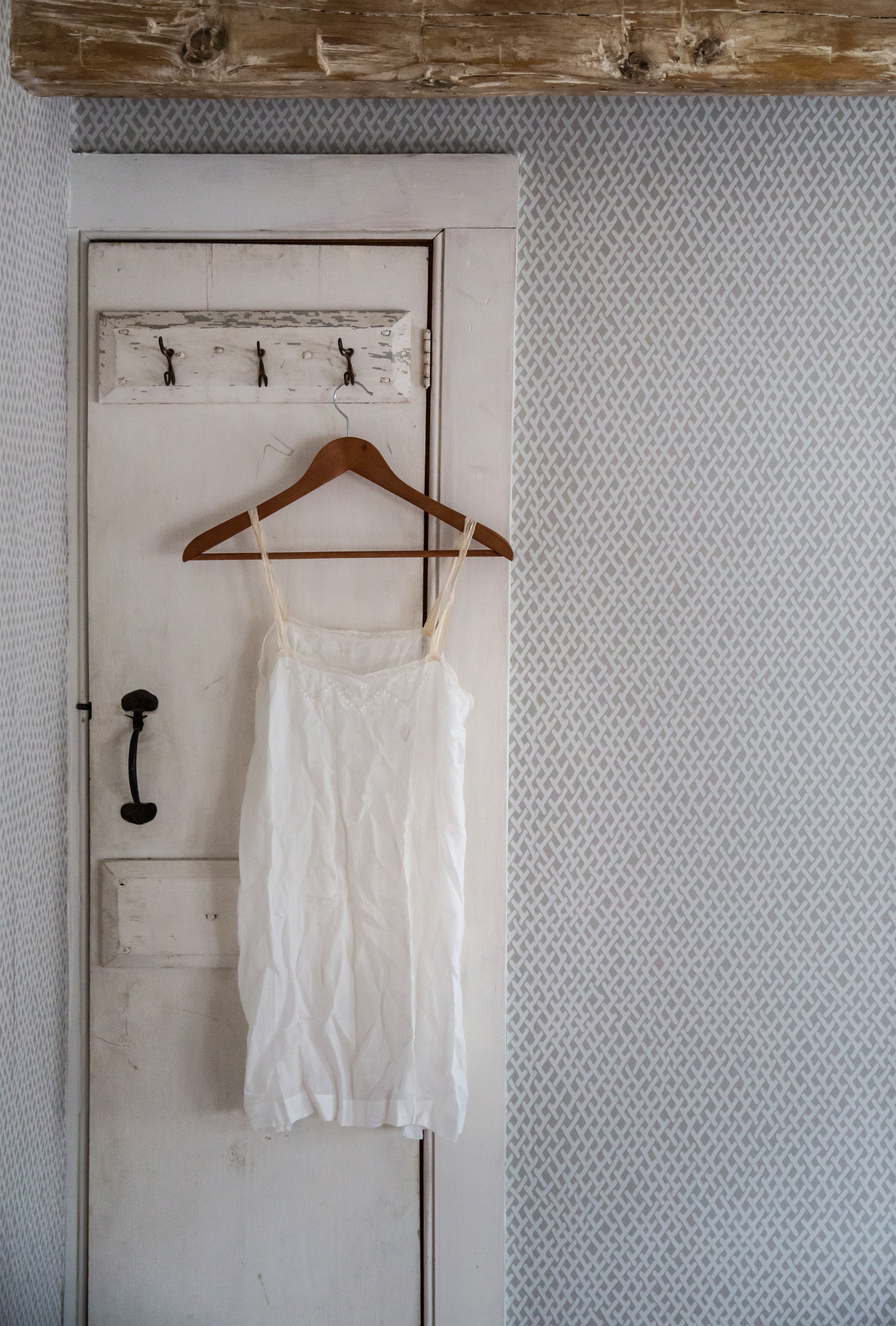 Jersey-Ice-Cream-Co-Old-Chatham-Hose-Remodelista-door