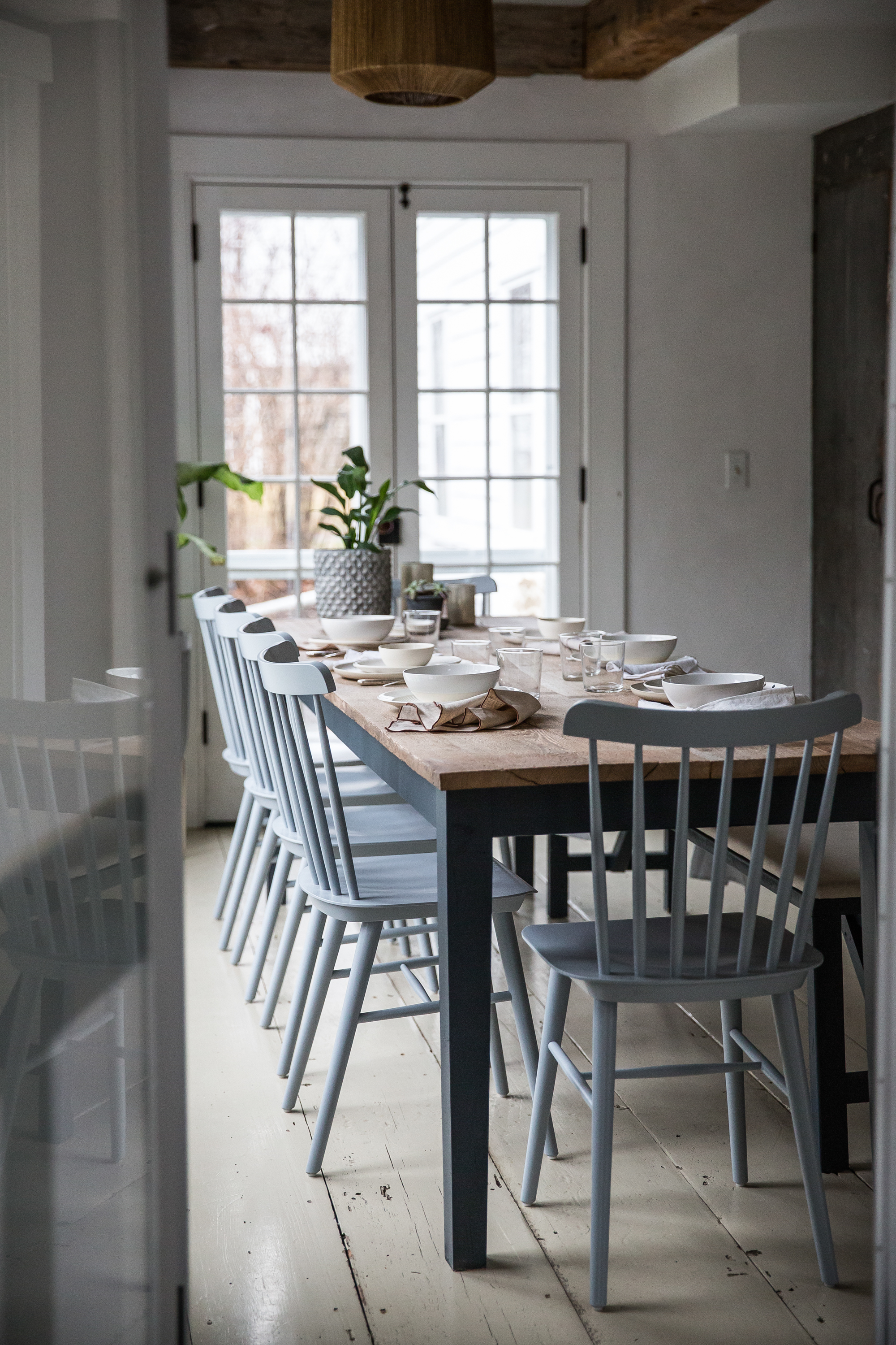 Jersey-Ice-Cream-Co.-Old-Chatham-House-Remodelista-dining-table