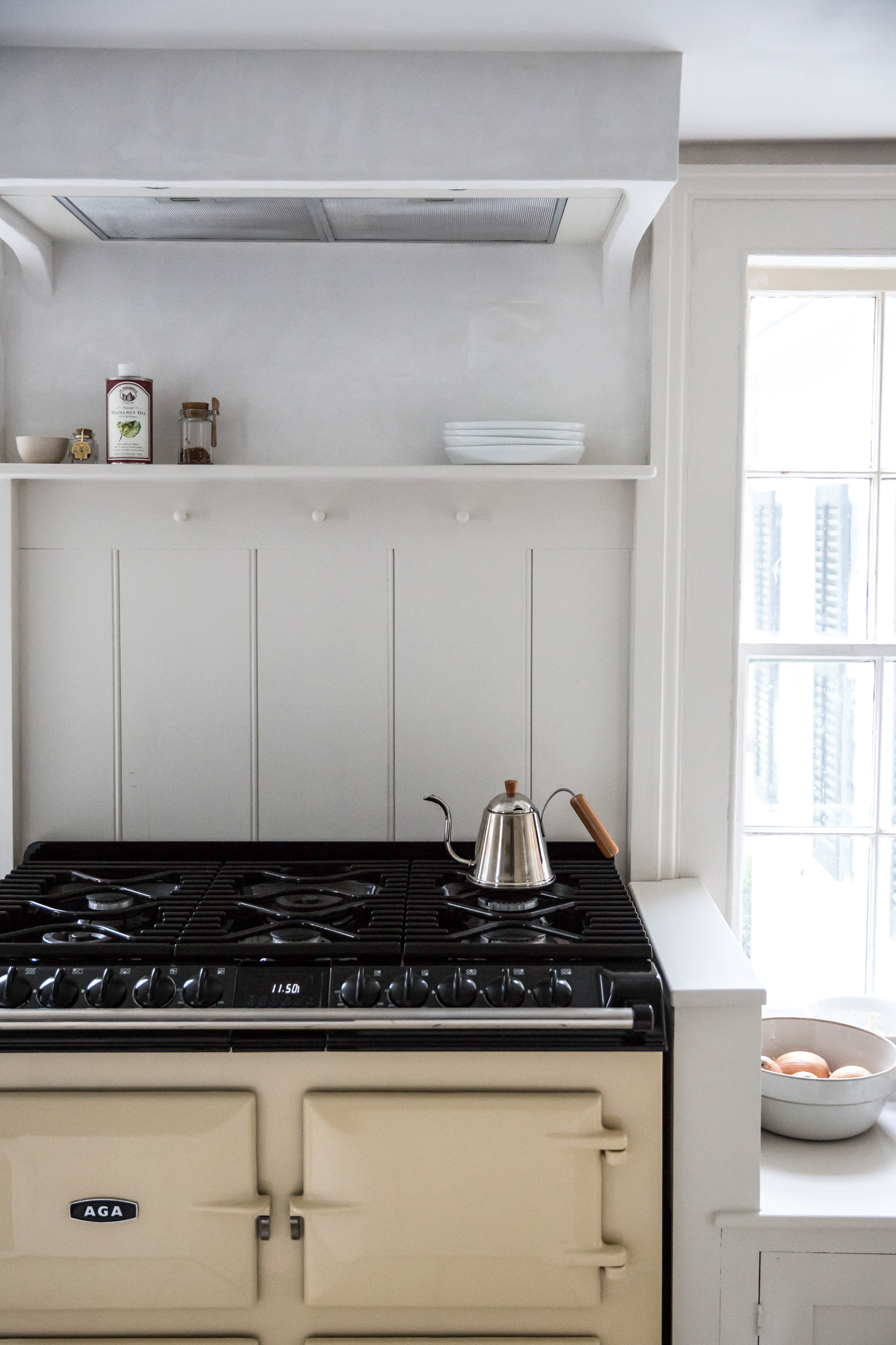 Jersey-Ice-Cream-Co.-Old-Chatham-House-Remodelista-stove