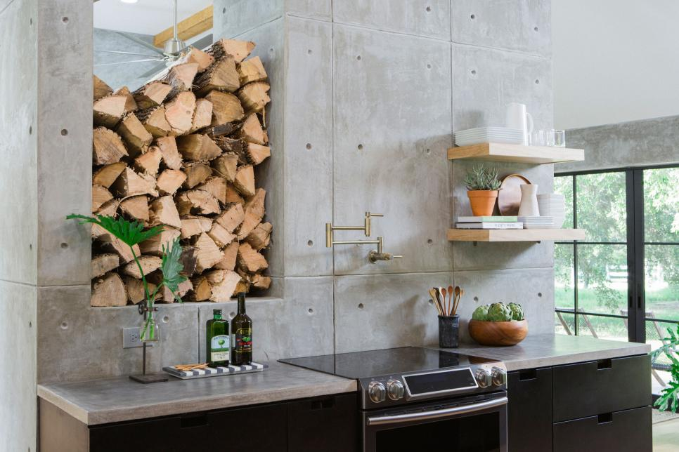 BP_HFXUP410H_kitchen_detail_252627_917500-1463491.jpg.rend.hgtvcom.966.644