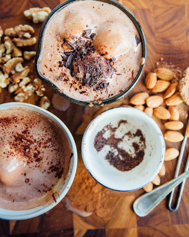 vegan hot chocolate + marshmallows