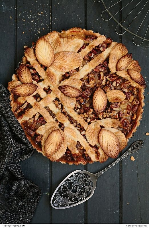 Caramel, Pear and Pecan Lattice Pie