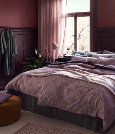 Pink in the bedroom