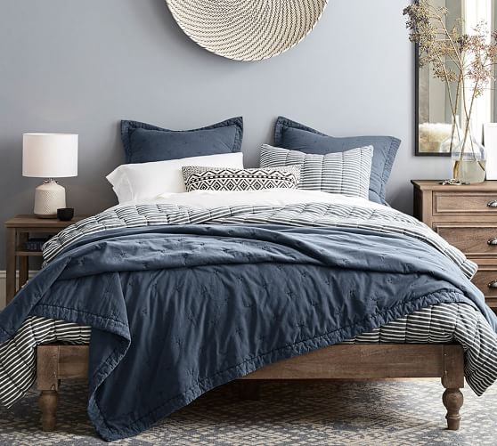 mini-stripe-comforter-and-sham-c.jpg