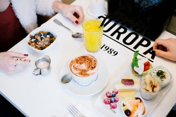 traveling-mama-cafe-europa-copenhagen-3-600x400.jpg