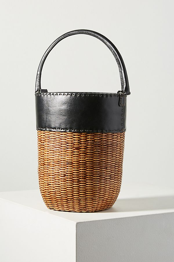 Bucket $218