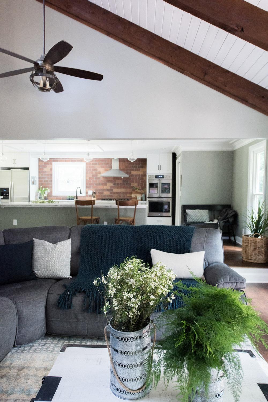2770 roxburgh NEW HOME | House of Valentina-4.jpg