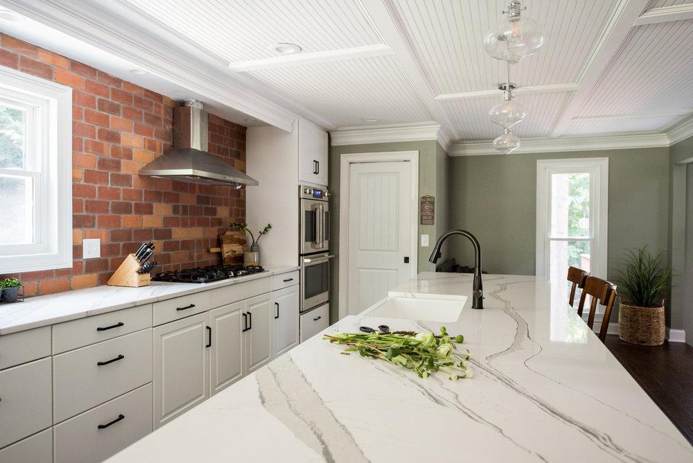 2770 roxburgh NEW HOME | House of Valentina-17.jpg