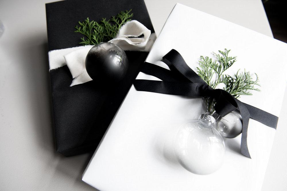 DIY Christmas Concrete Ornament  | House of Valentina.jpg