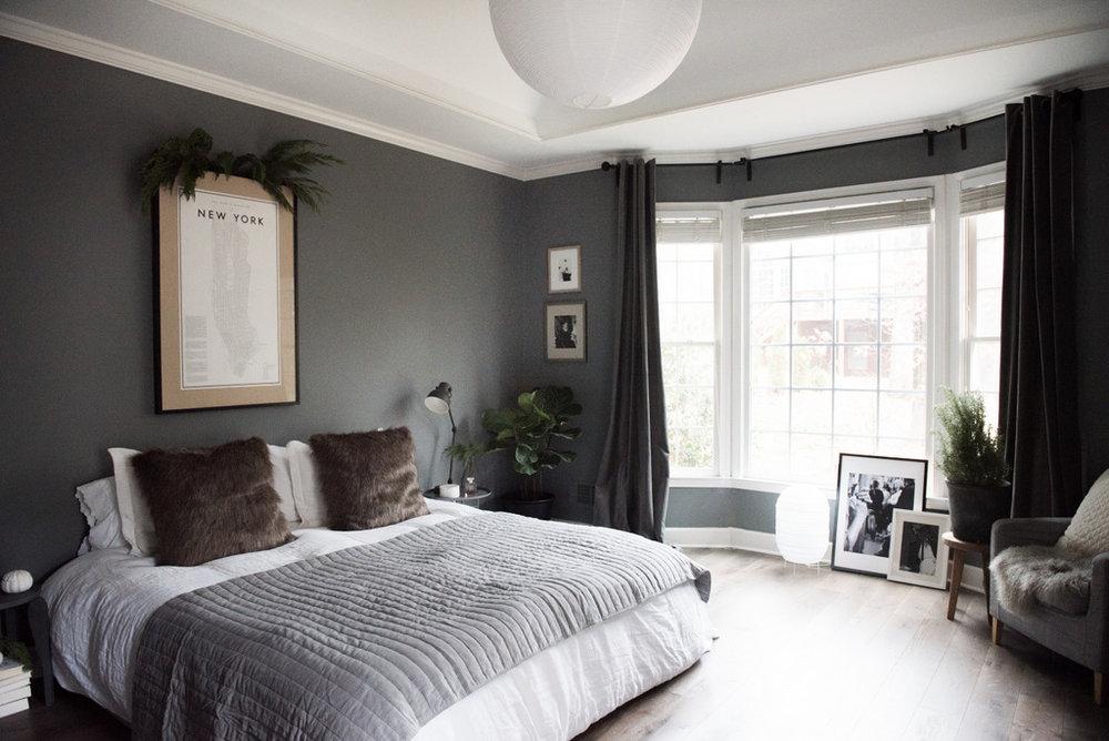 Christmas Master Bedroom  | House of Valentina.jpg