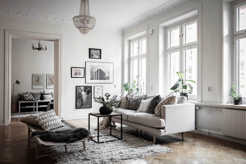 Class Modern Scandinavian | House of Valentina.jpg