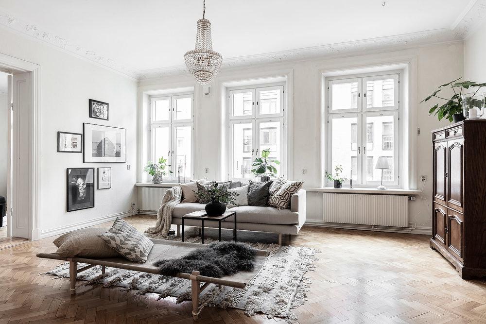 Class Modern Scandinavian | House of Valentina3.jpg