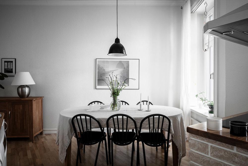 Class Modern Scandinavian | House of Valentina12.jpg