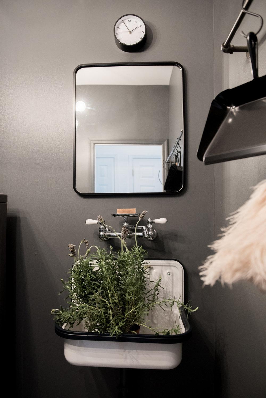 laundry room | House of Valentina-2.jpg