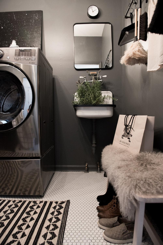 laundry room | House of Valentina-6.jpg