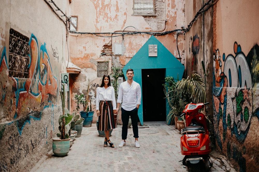 german engagement shoot in marrakech medina.jpg