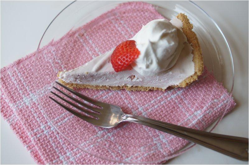 No-Bake Strawberry Pie