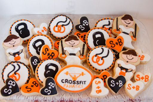 crossfit bridal cookies (2 of 4)