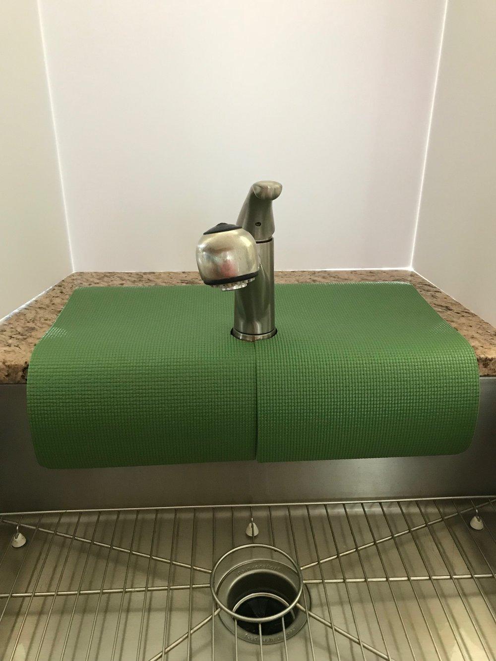 Olive Green Kitchen Sink Faucet Splash Guard, guards faucet area ...