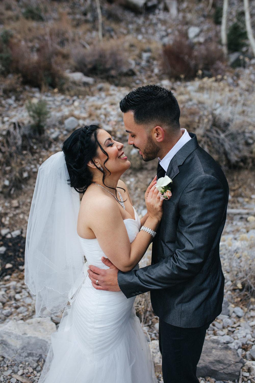 las vegas wedding photographer-11.jpg