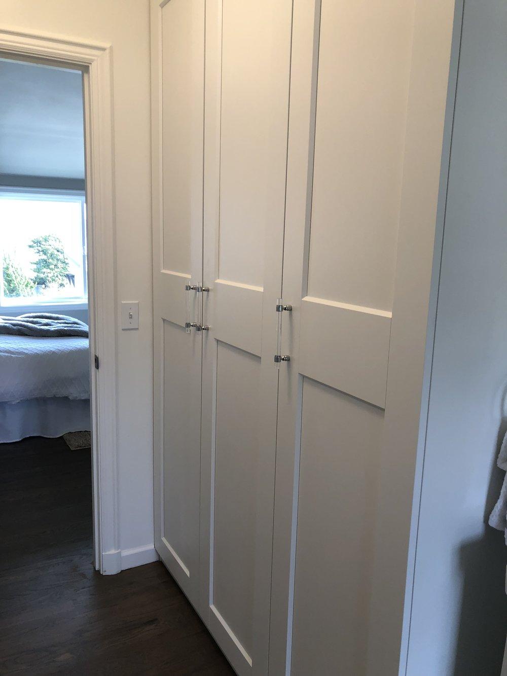 Who wouldn't love a closet in their master bath? So convenient!