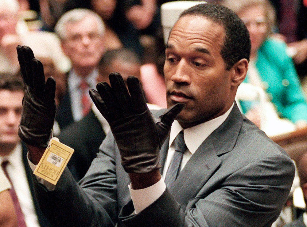 rs_1024x759-170718114340-1024-oj-simpson-gloves-trial-1995.jpg