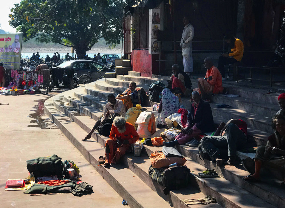 Relaxing near the Ganges.