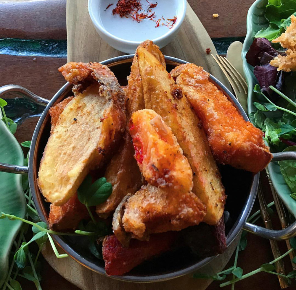 Sweet potato & beetroot fries with a vegan garlic aioli from Elixiba on the Sunny Coast.
