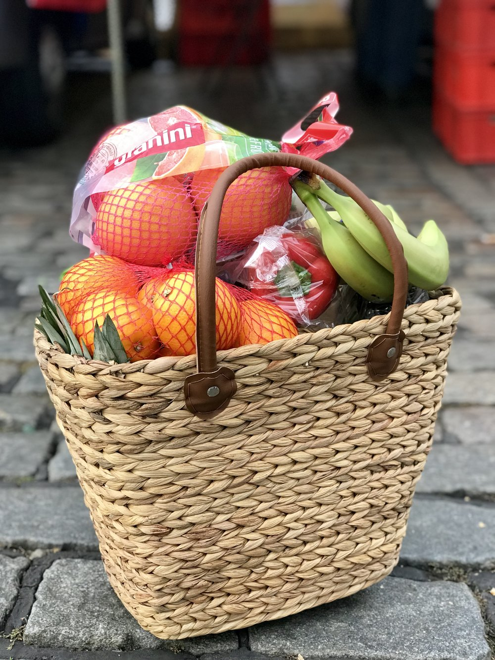 A HUGE basket of fruit & veggies just for €10 at the famous 'Fischmarkt' in Hamburg.
