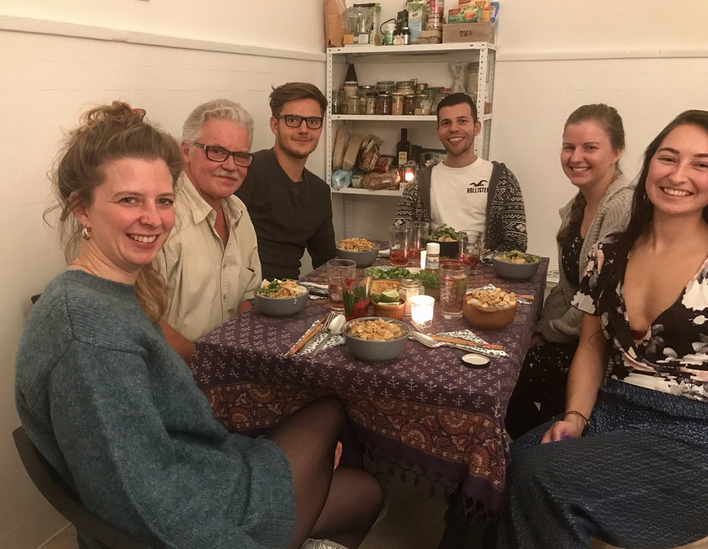 Sharing a wonderful evening with 5 strangers!