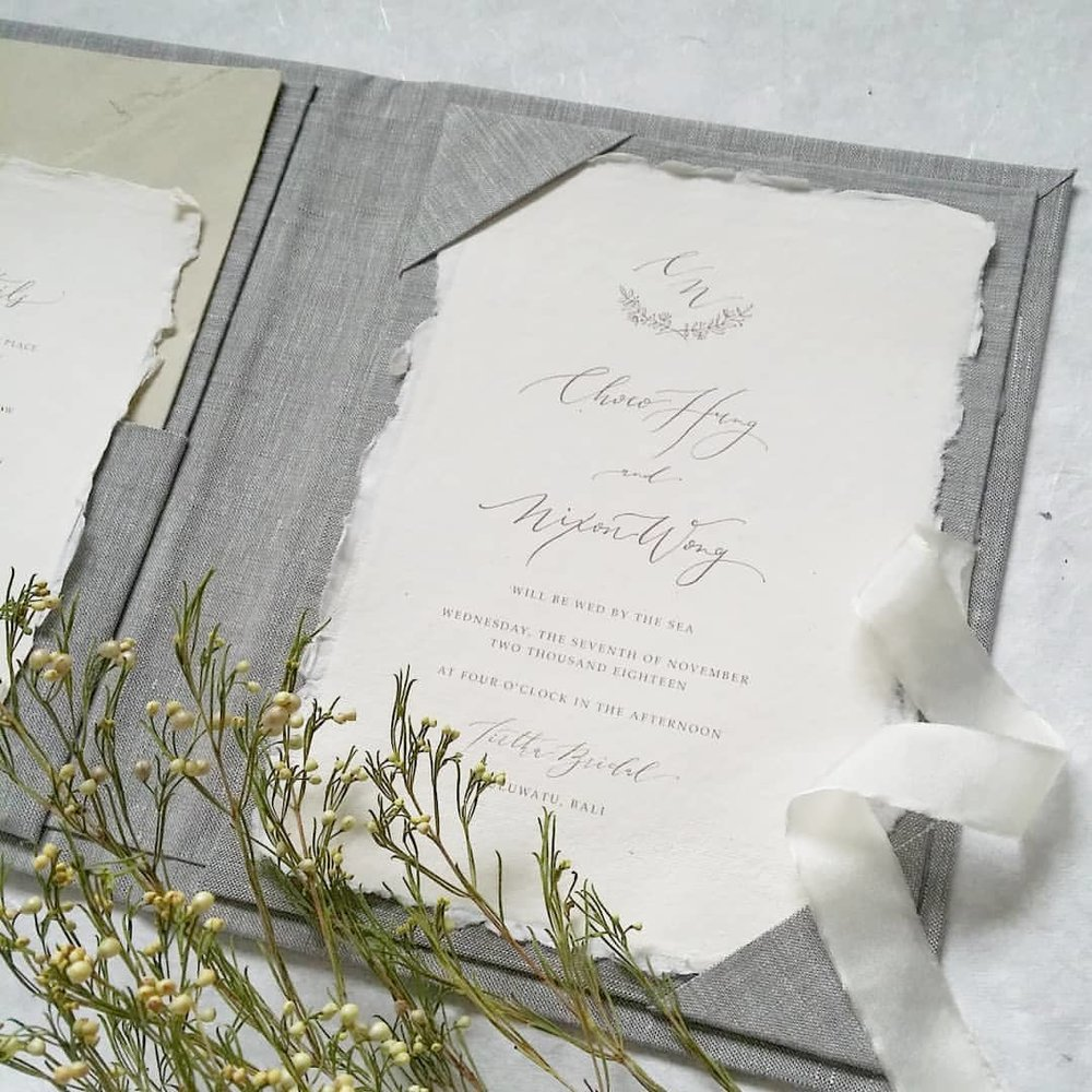 Linen Folios