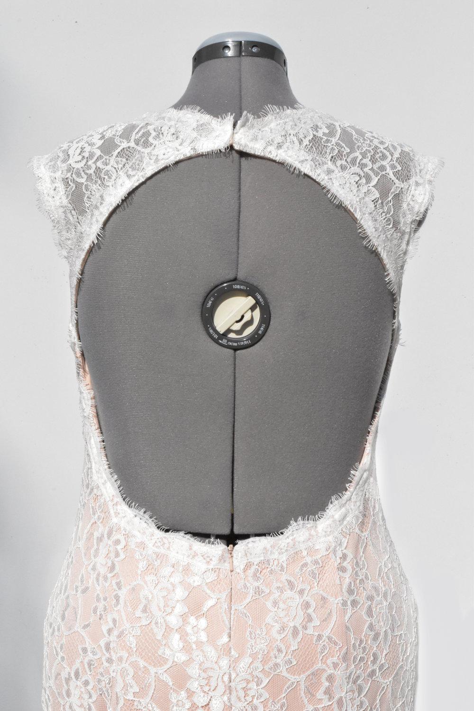 keyhole-wedding-dress-back-detail.jpg