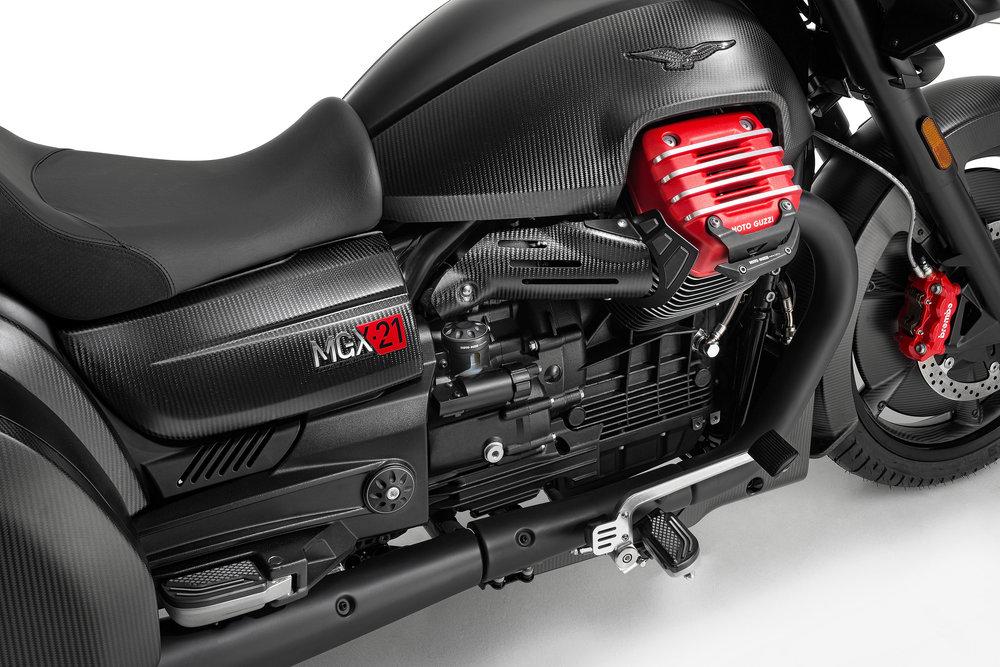 34 MGX-21 engine close up.jpg
