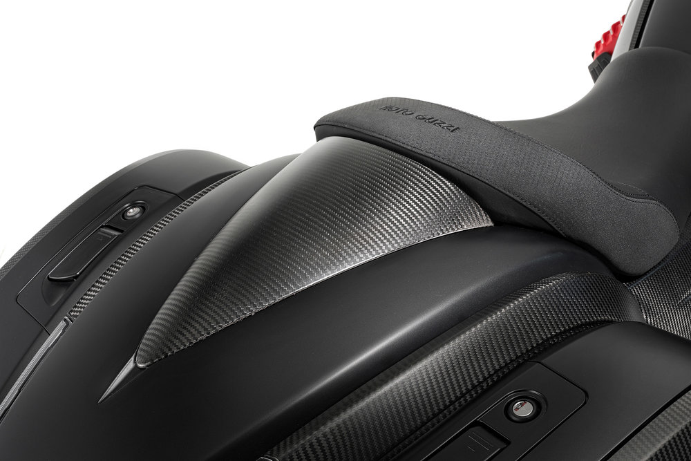 30 MGX-21 carbon passenger seat cover.jpg