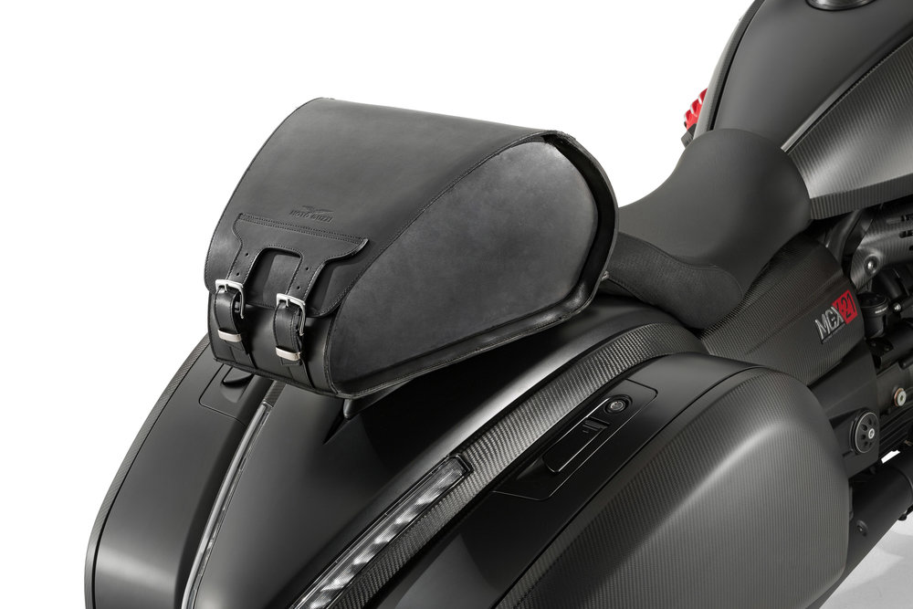33 MGX-21 leather top box.jpg