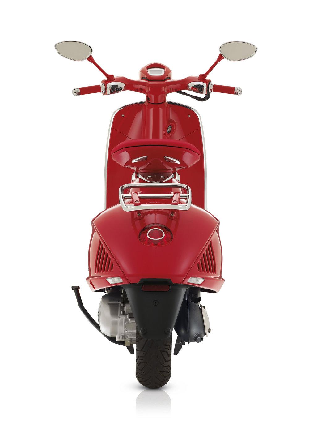(Vespa 946) RED  (23).JPG